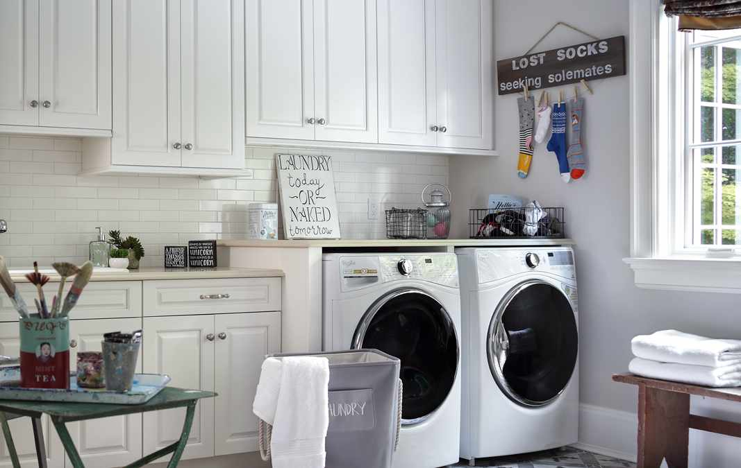 8 Must-Have Features Every Laundry Room Needs